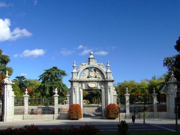 ahuehuete, mdarid, Parque del Retiro, puerta de Felipe IV, Viejo del agua, México, España,Napoleón arbol,